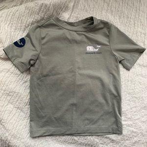 Vineyard Vines hockey T Shirt